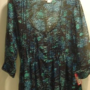 NWT Xhilaration button up Floral Blouse Med.